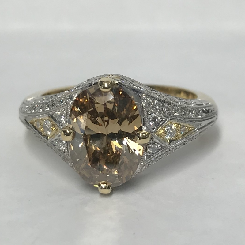 Cognac Diamond & Filigree white diamond set Ring with yellow gold inlays top view